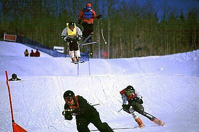 Skiiercross